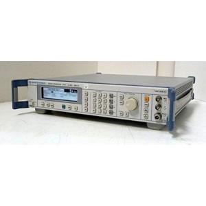 Rohde & Schwarz SML 03 Generator semnal de la 9 kHz la 3,3 GHz